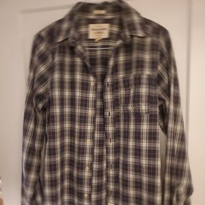 Other - Abercrombie & Fitch plaid classic button up shirt